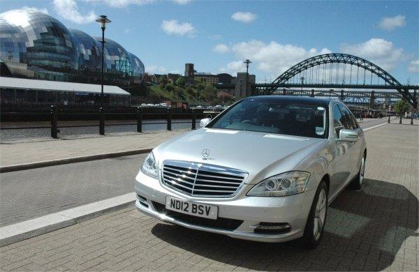 PD-Website-chauffeur-profile-Parkers-Mercedes