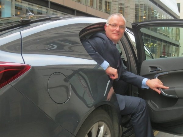 PD chauffeur profile driven Mike Bell 600