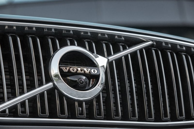 PD Road test Volvo XC90 grille 800