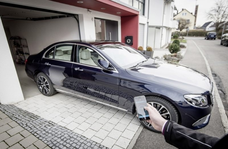PD website road test Mercedes E Class automatic parking 800