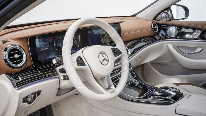 PD website road test Mercedes E Class front seat 800