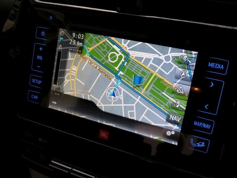 PD web Toyota Prius satnav screen 800