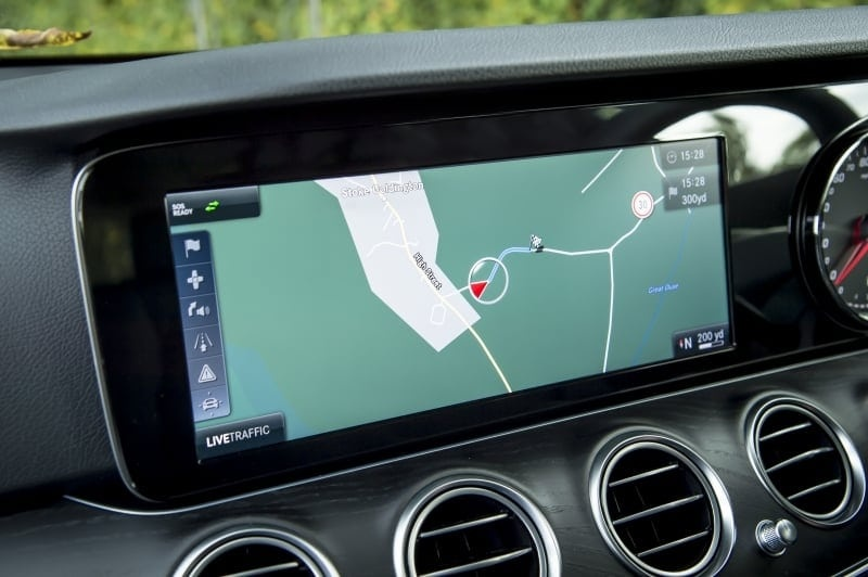 PD website road test Mercedes E220d estate satnav