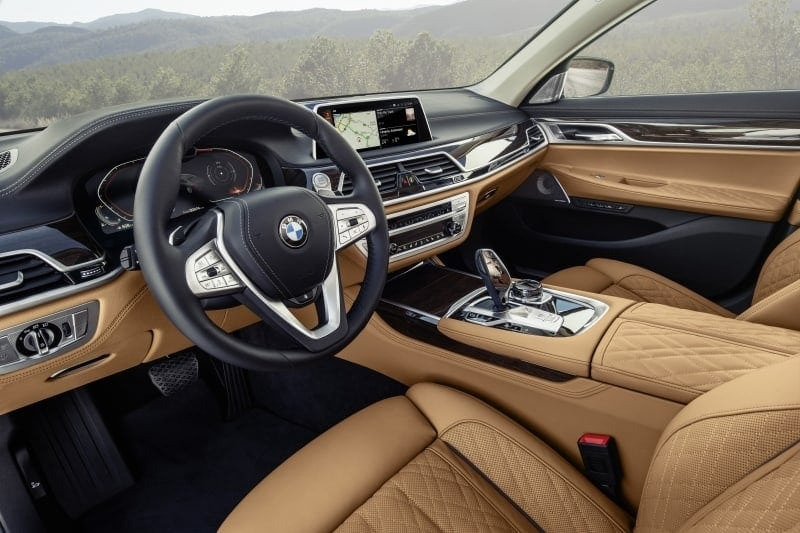 PD website news BMW 7 series front seat