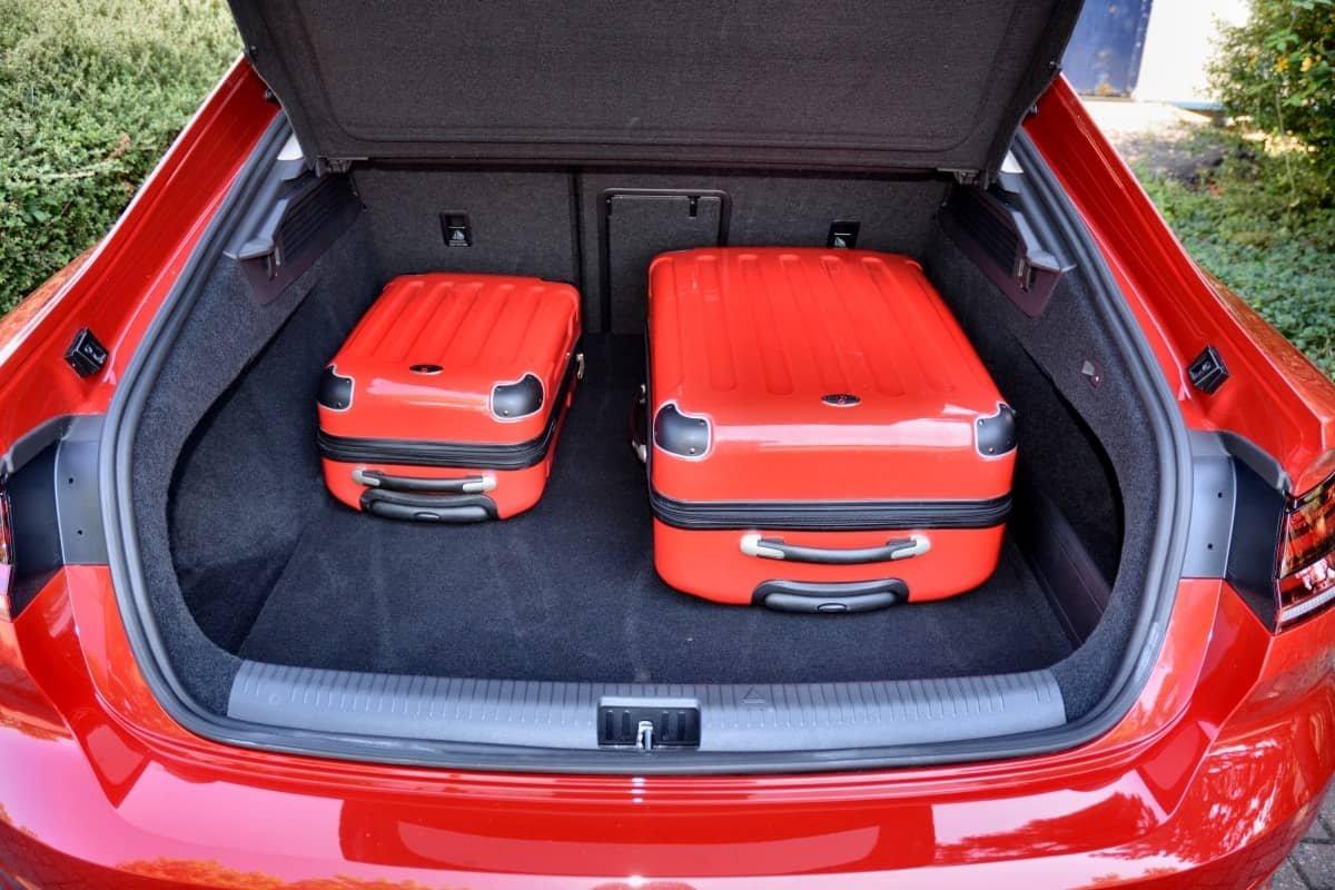 VW Arteon boot