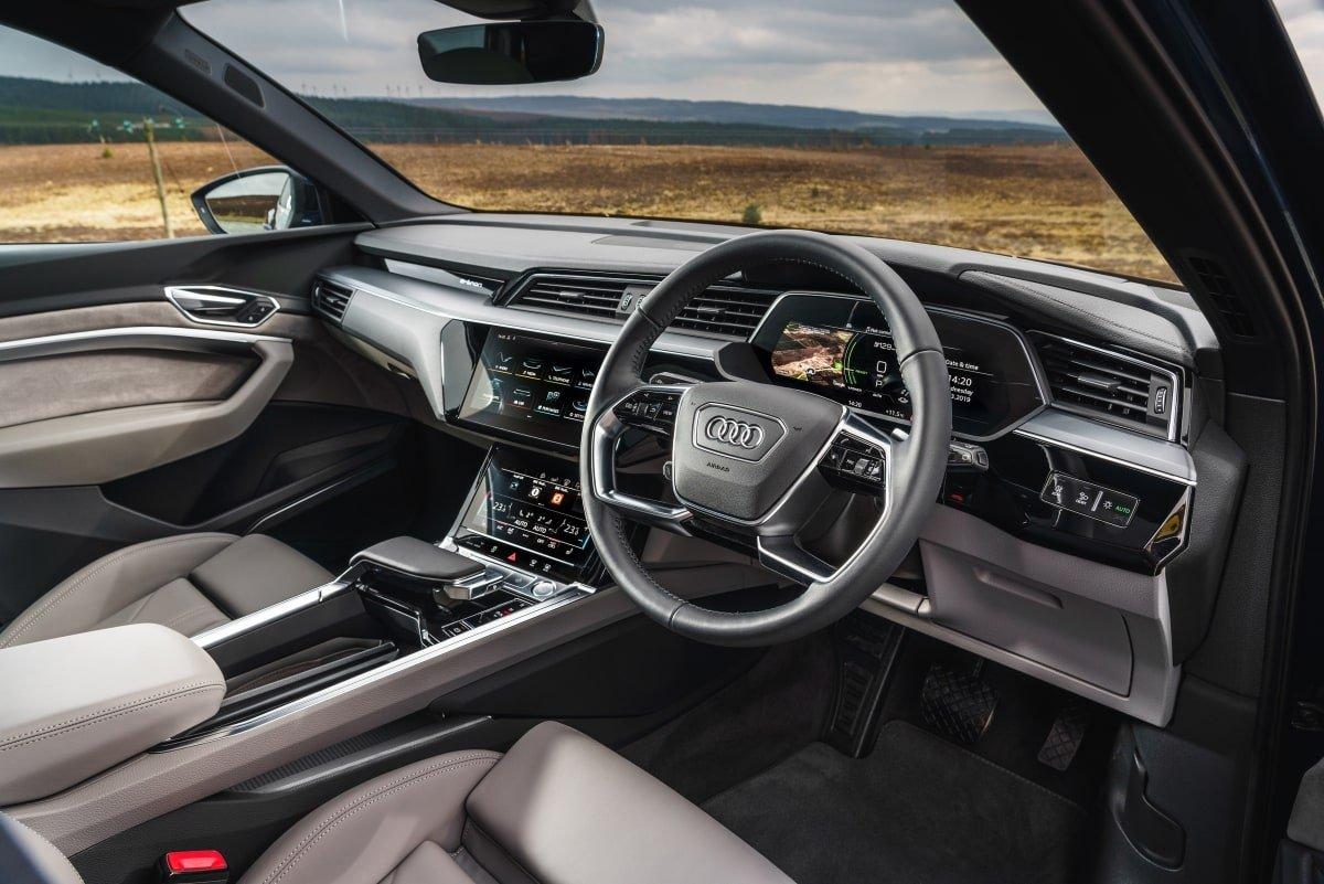 Audi e-tron front seat