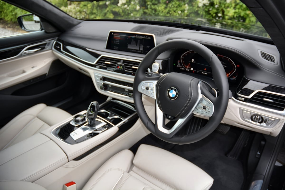 BMW 730Ld front seat