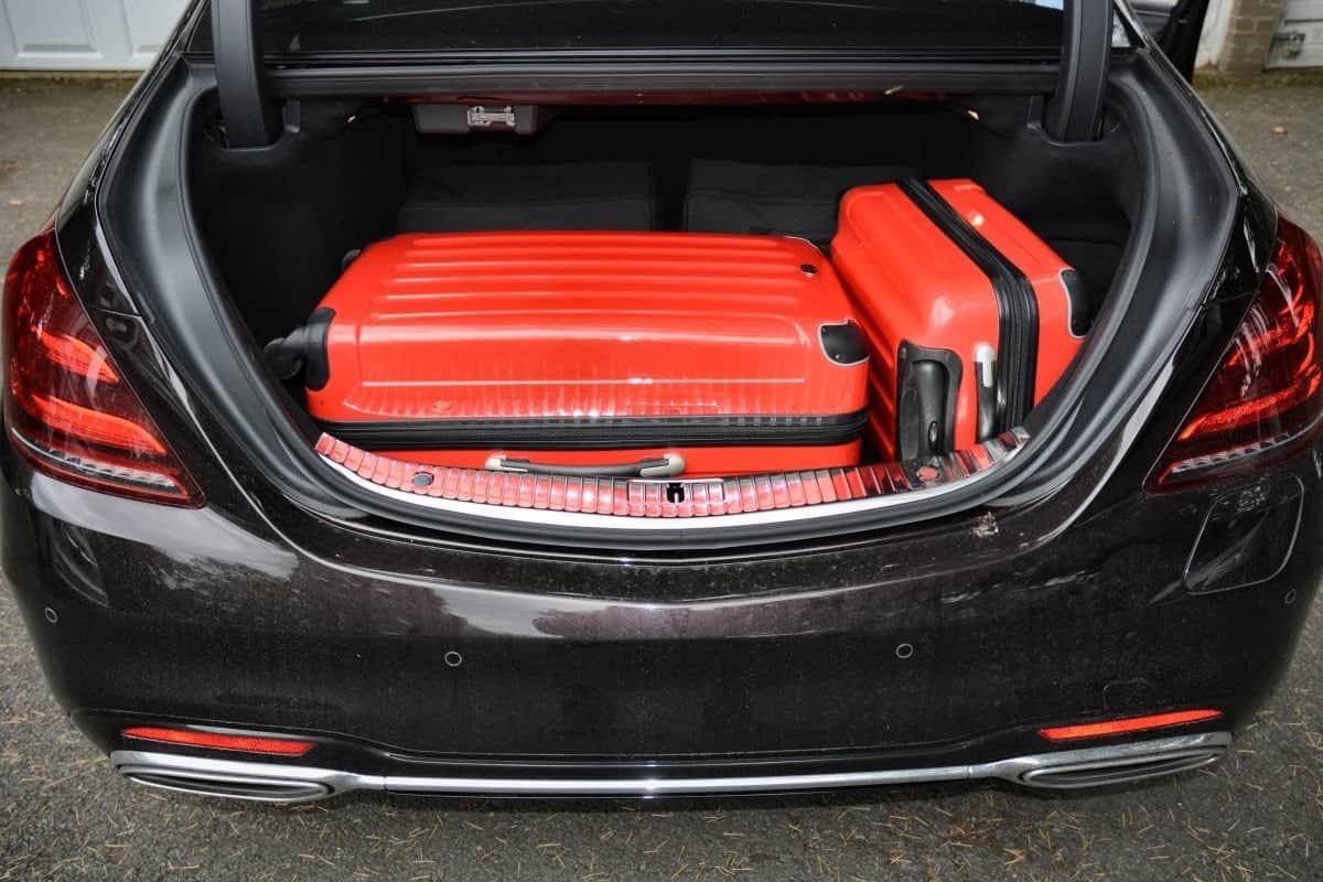 Mercedes S560e boot