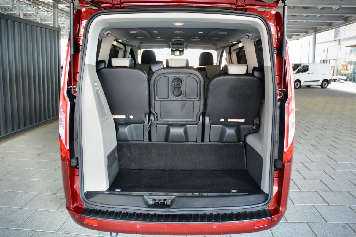 Ford Tourneo PHEV boot