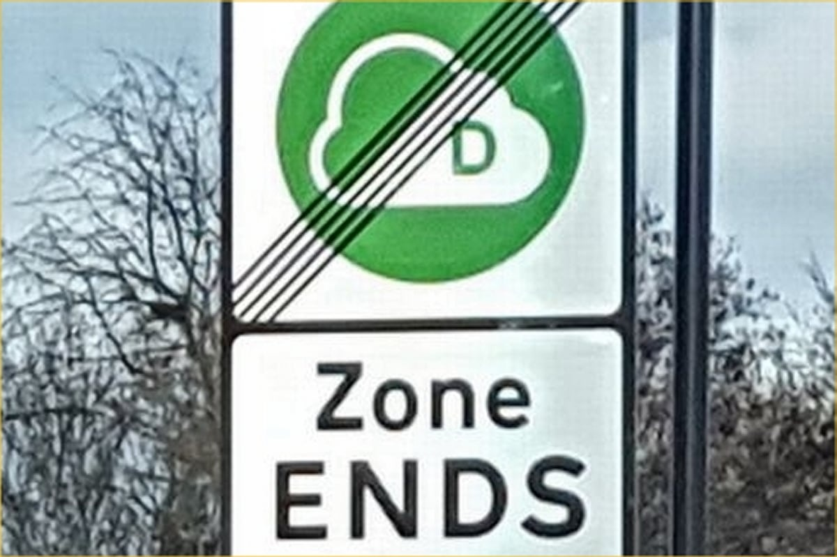 CAZ Ends sign