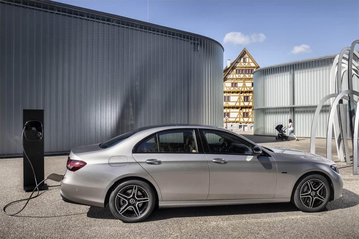 Mercedes E300de recharge