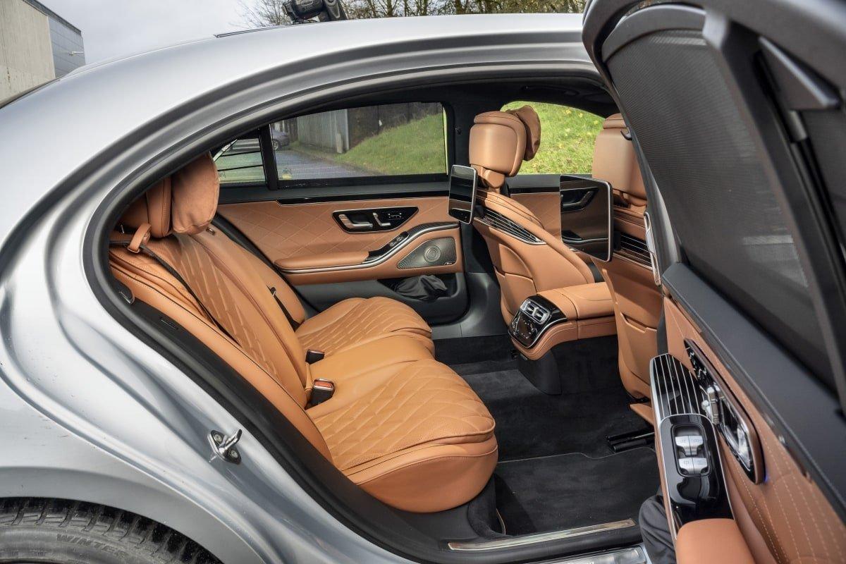 Mercedes S500 rear seat
