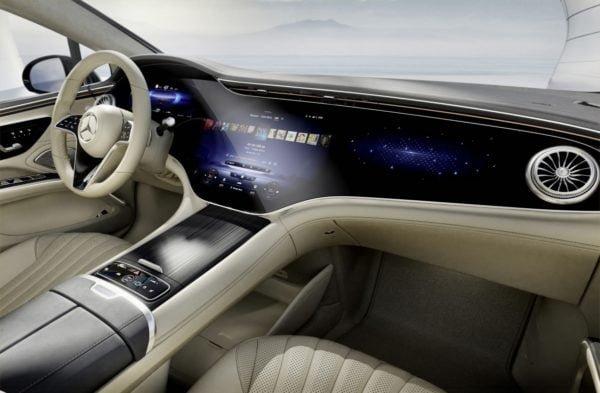 Mercedes EQS dash pic
