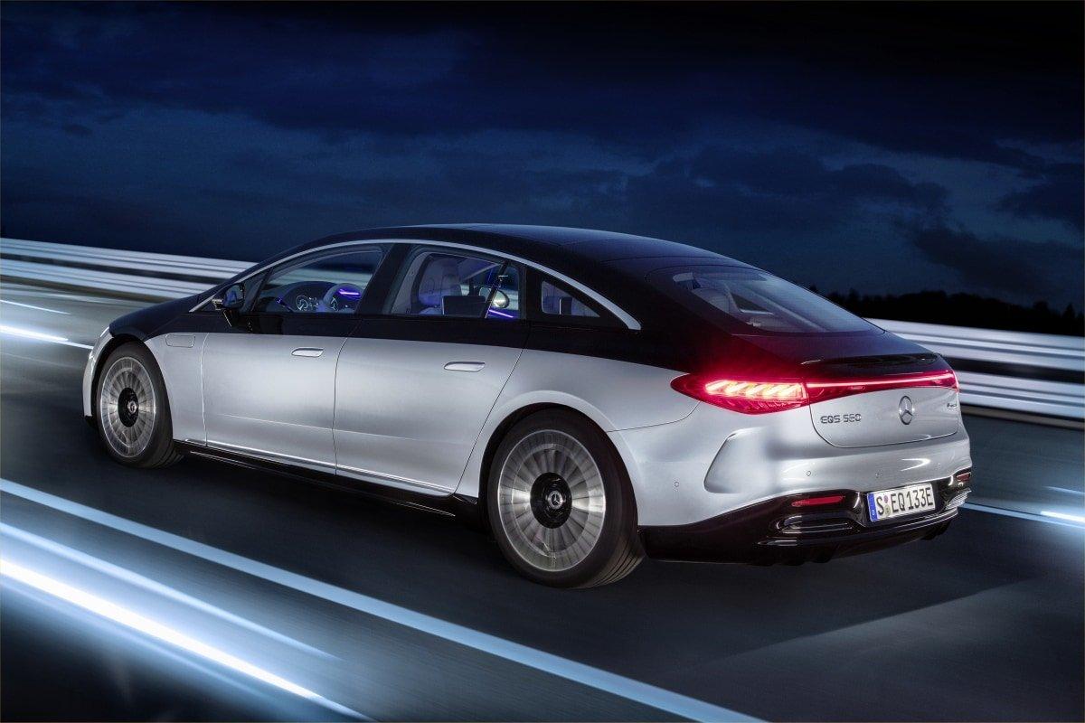 Mercedes EQS rear